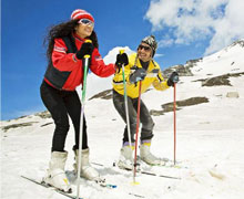 Shimla Honeymoon Package with 2* Hotels
